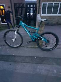 Btwin rockrider bikes in mint condition brand new tyers been rid on once