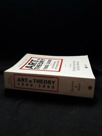 Art in Theory 1900-2000