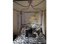 Metal 4 poster bed frame