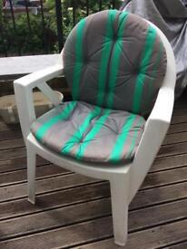 Classic Allibert White Plastic Chairs 4x