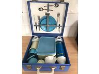 Vintage sirram picnic set