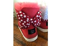 Girls red Sweetie Disney ugg boots 'Minnie Mouse' NEW - size 3 (ladies)
