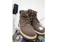 Brown walking boots size 6 - shoes mens womens
