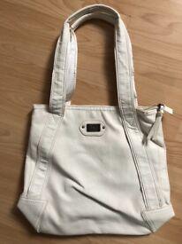 White/cream bag with D&g logo new