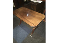 Attractive Jenner's Vintage Inlaid Mahogany Veneer Brass Claw Foot Pedestal Coffee Table