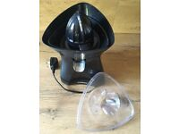 Duronic JE6BK Black Finish Citrus Juicer with Drip Free Spout