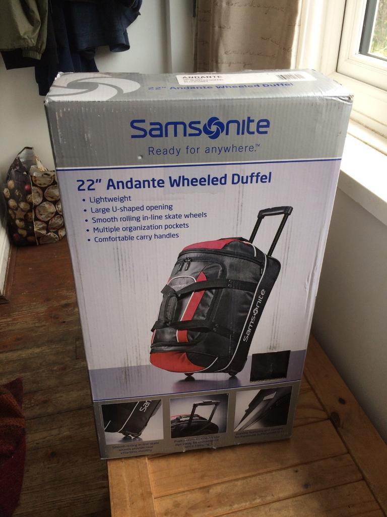 7034cce52ee1 BNIB 22'' Samsonite Andante Wheeled Duffel Bag - Travel Suitcase ...