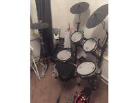 Roland TDK15 Electronic Drum Kit. Hardly used plus extras!!