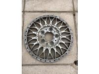 BBS RC090 BMW Style 5 17x8 5x120 split rim alloy wheel face centre e39