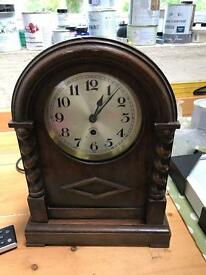Old clock for upcycling