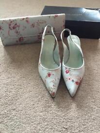 Roland Cartier shoe and purse set size 5 1/2
