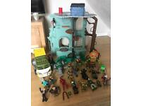 Teenage mutant ninja turtles toys / figures and vehicle and house