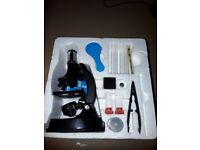 Kid's microscope