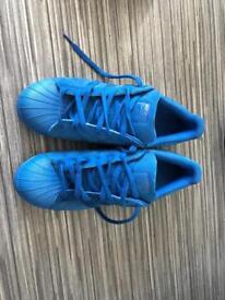 Adidas superstar size 9