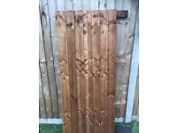 Feather edge fence panel off cut
