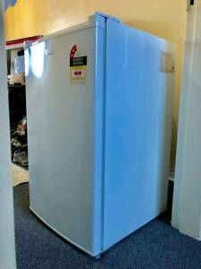 STIRLING FRIDGE 2 YEARS WARRANTY