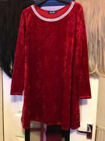 Size 12 crushed velvet dress ( more like a 14-16)