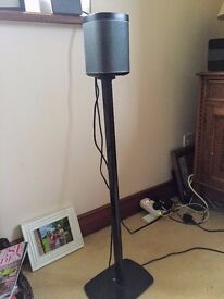 Pair of Sonos Play 1 Flexon stands black in very good condition.