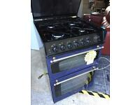 Electric oven with gas hobs in blue duly working
