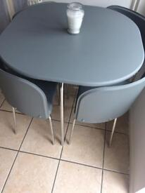 Space saving table & 4 chairs
