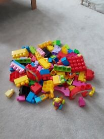 Mega Bloks table and pieces