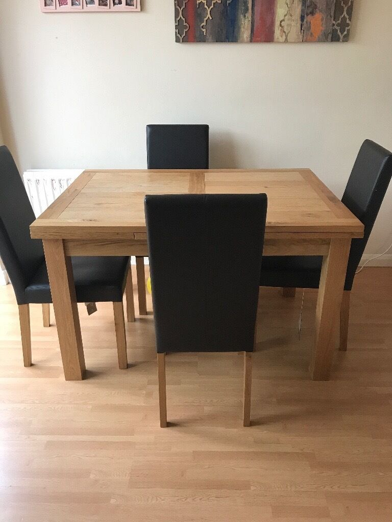 Compton oak Extending Dining Table and 4 Chairs