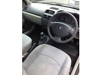 Renault Clio for sale! Need gone LOW MILEAGE. BARGIN!!!!!