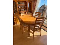 Pine Dining Table plus 5 chairs