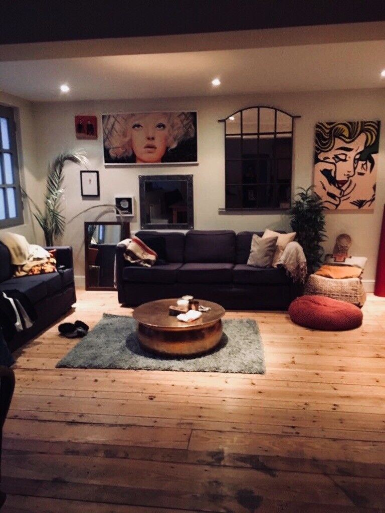 **Lovely top floor double room with terrace in style house**