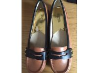 MICHAEL KORS LOAFERS SIZE 8 NEW