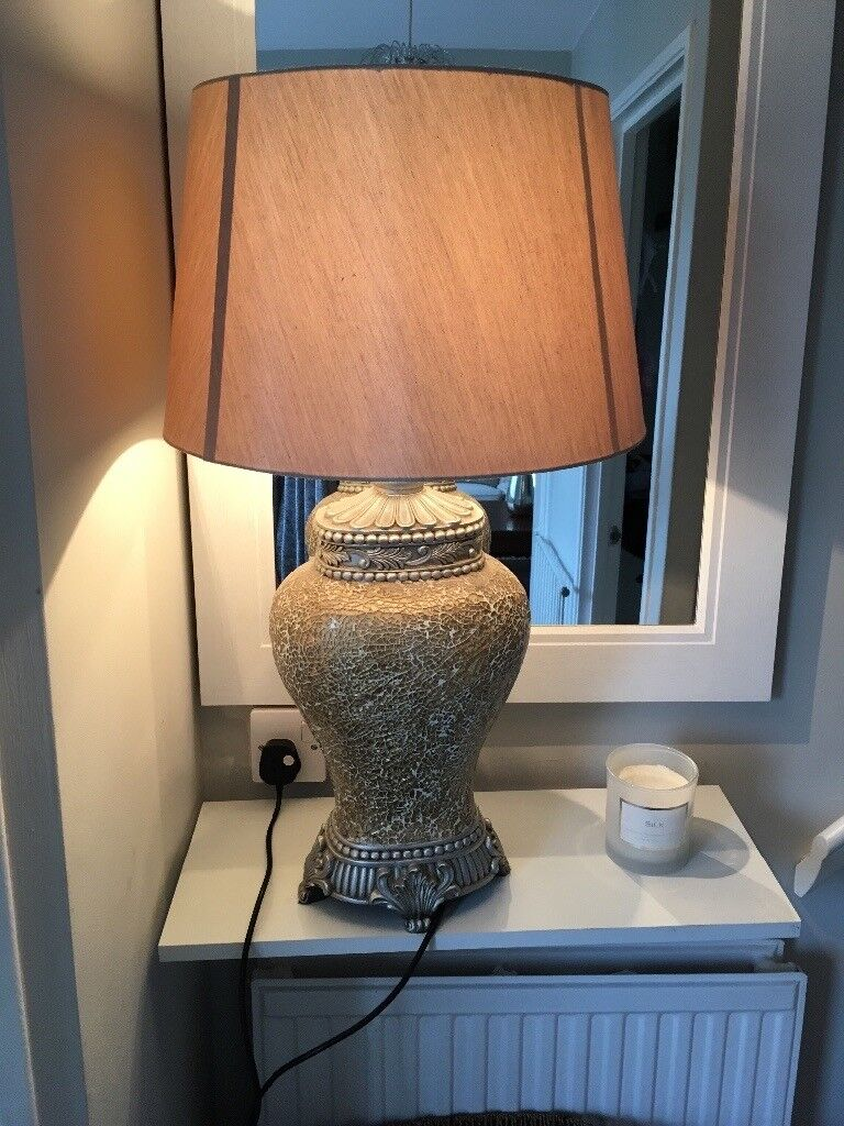 Gold crackle lamp