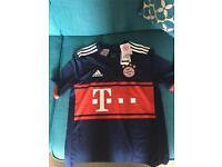 Brand new 2017/18 Bayern Munich away kit(no socks)