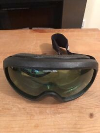 Trespass Ski Goggles - ideal for women or young adults!