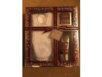 Baylis and Harding England - Midnight fig and pomegranate *limited edition giftset*