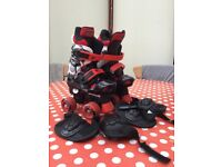 Nearly new kids adjustable roller skate boots
