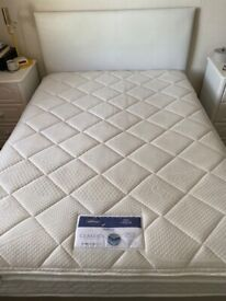 Wooden double bed and quality mattress, with headboard and four drawers