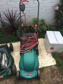 **BOSCH**ROTAK 320**ELECTRIC**LAWN MOWER**FULLY WORKING**NO OFFERS PLEASE**