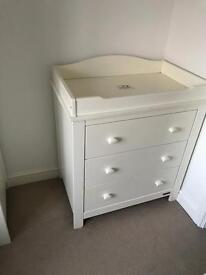 Mamas and Papas baby / toddler / children's nursery bedroom furniture