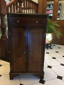 CD Cabinet - stylish and in immaculate condition (Christmas is coming!)