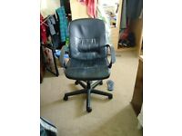 Small fake leather office chair, adjustable height