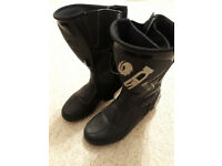 Sidi Black Rain Motorcycle Boots UK size 6.5 Eur size 40 VGC *** £50 ovno ***