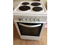 belling electric cooker 50 cm .width only 7 months old in vgc ,free local delivery