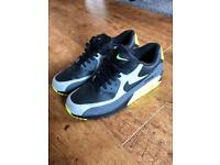 Mens Nike Airmax 90 size 9