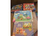 A selection of jigsaws £1 each
