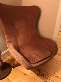 Reproduction Arne Jocobsen egg chair for sale