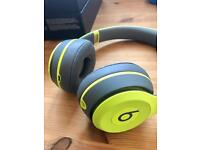 Beats by Dr Dre Solo 2 Wireless Active Collection