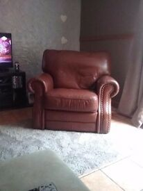 *Big* comfy brown leather single recliner