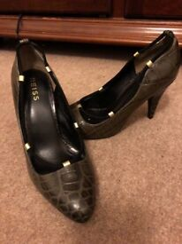 Reiss court shoes
