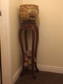 Beautifully carved mahogany plant stand with Japanese style jardiniere. From pet & smoke free home.
