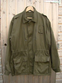 Rare Vintage - Serbian Army Field Jacket in Olive Drab (Large)